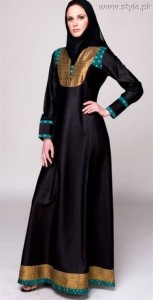 Black Abaya With Green And Dull Gold Patti